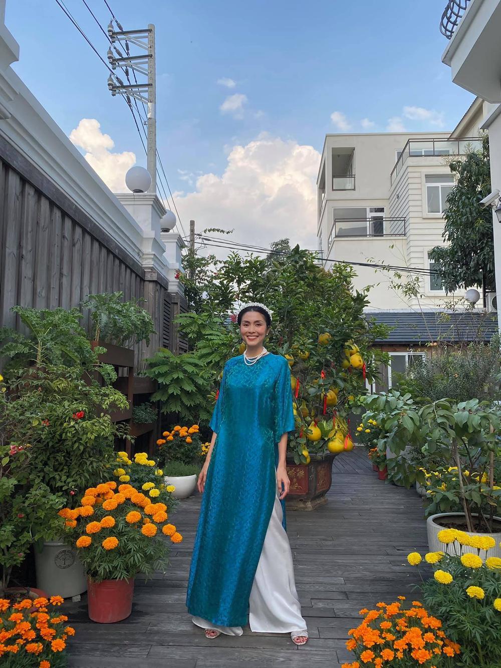 Sao Việt trang trí nhà cửa đón Tết: Ngọc Trinh - Bảo Thy chơi trội, Hà Tăng đơn giản nhưng vẫn 'xịn xò' Ảnh 12