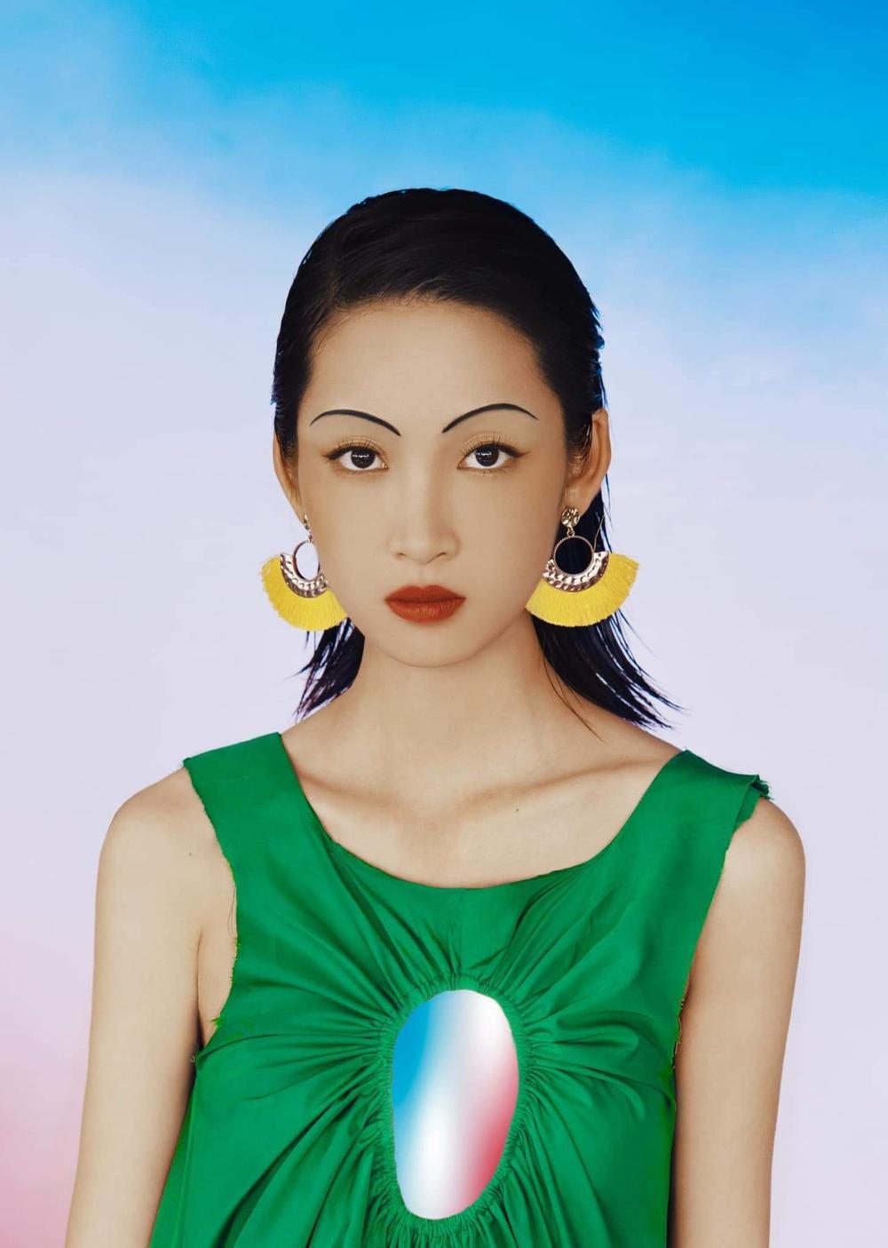 Juky San hoá nàng thơ tao nhã, đẹp thoát tục mơ màng giữa tiết Xuân Ảnh 2