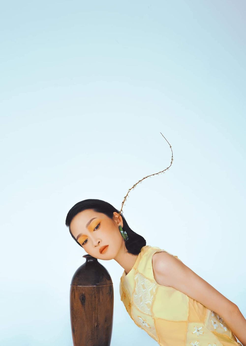 Juky San hoá nàng thơ tao nhã, đẹp thoát tục mơ màng giữa tiết Xuân Ảnh 12