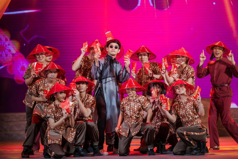 Quang Đăng tái hiện 2 màn trình diễn độc đáo làm nên tên tuổi tại sân khấu Táo Quân 2021 Ảnh 17