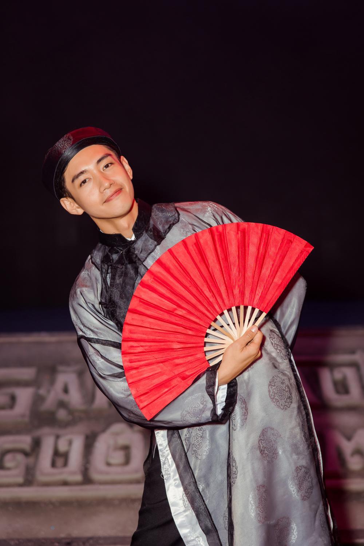 Quang Đăng tái hiện 2 màn trình diễn độc đáo làm nên tên tuổi tại sân khấu Táo Quân 2021 Ảnh 6