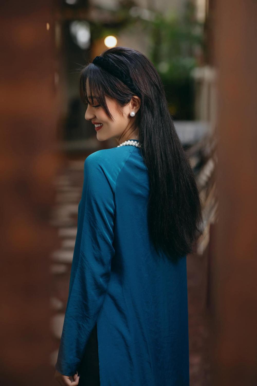 Hoa hậu Đặng Thu Thảo diện áo dài Tết đẹp đến lay động lòng người Ảnh 4