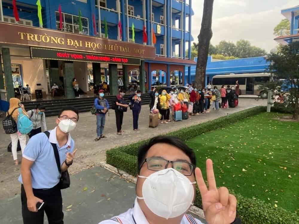 Tết đặc biệt của sinh viên Đại học Thủ Dầu Một trong khu cách ly Ảnh 1
