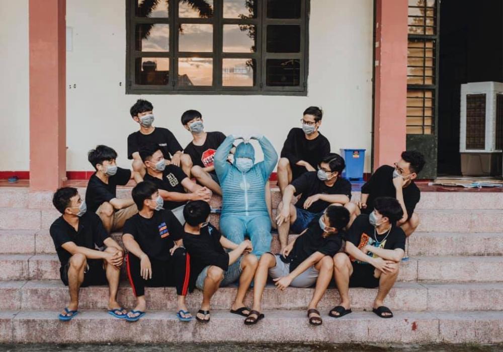 Tết đặc biệt của sinh viên Đại học Thủ Dầu Một trong khu cách ly Ảnh 12