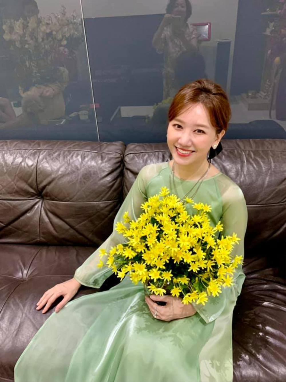 Hari Won khoe khoảnh khắc 'mẹ chồng nàng dâu' vào mùng 1 Tết khiến ai cũng xuýt xoa ghen tị Ảnh 3