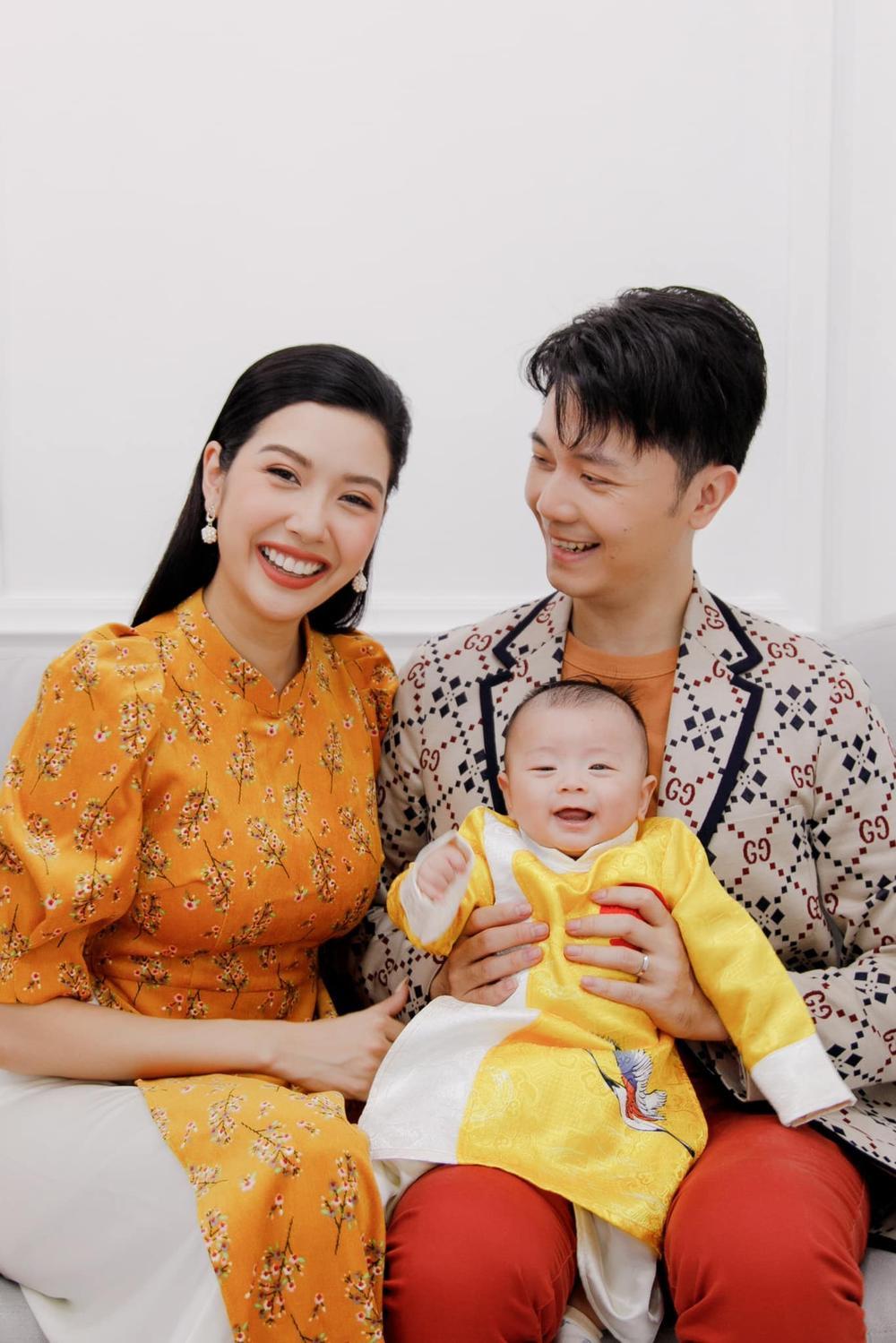 Nhóc tì nhà sao Việt diện áo dài ngày Tết: Cưng nhất hẳn là con gái Đông Nhi Ảnh 10