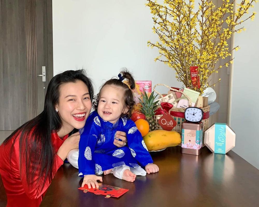 Nhóc tì nhà sao Việt diện áo dài ngày Tết: Cưng nhất hẳn là con gái Đông Nhi Ảnh 7