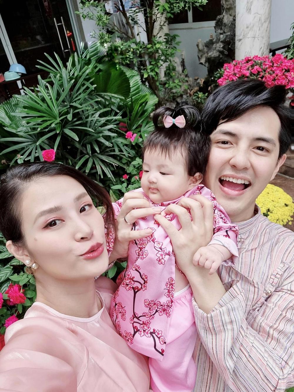 Nhóc tì nhà sao Việt diện áo dài ngày Tết: Cưng nhất hẳn là con gái Đông Nhi Ảnh 2