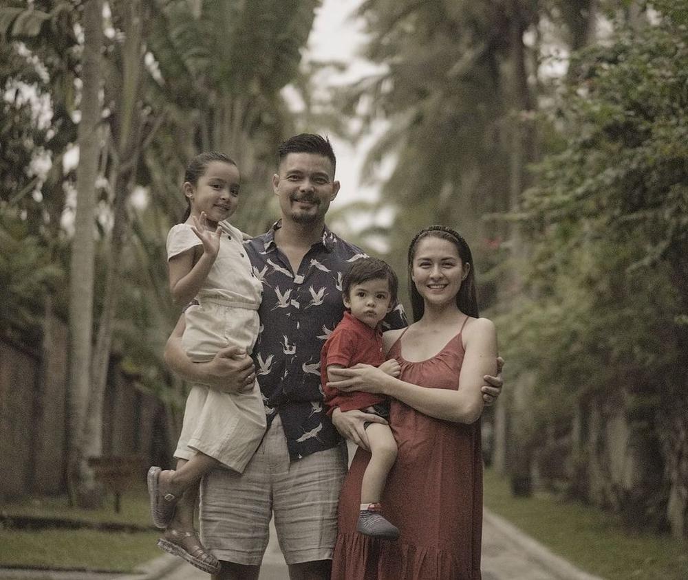 Vợ chồng mỹ nhân đẹp nhất Philippines Marian Rivera đập tan tin đồn lục đục bằng hành động này Ảnh 2