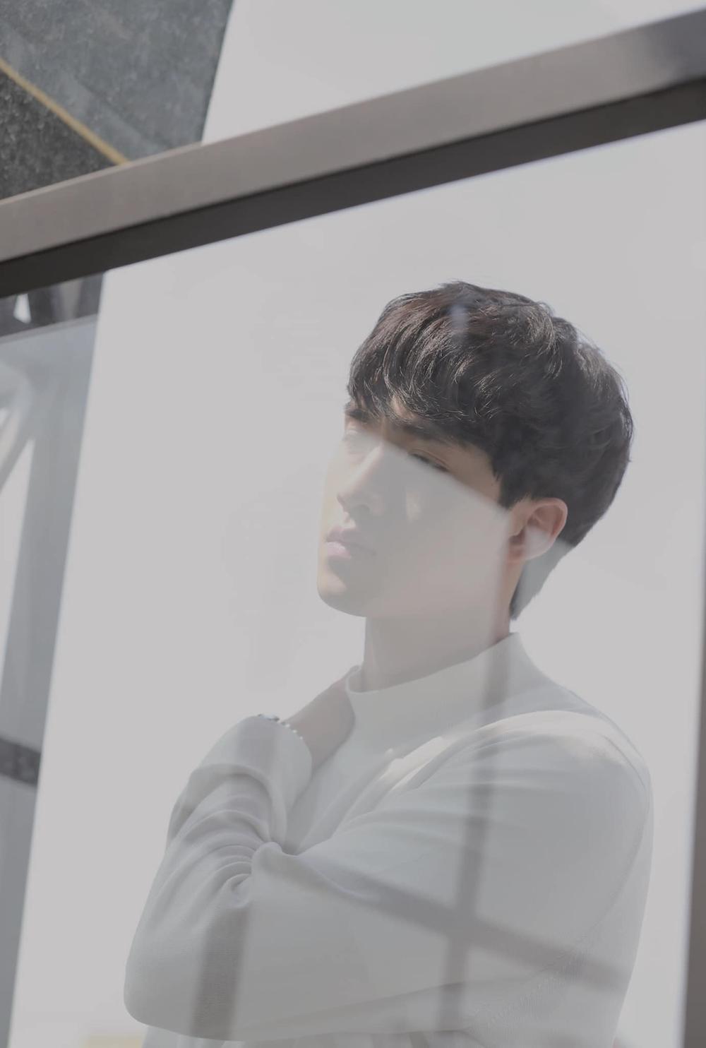 Vũ Thịnh hát OST 'Em là chàng trai của anh': Chỉ thay đổi beat mà khác hẳn, hợp cảnh tình đơn phương Ảnh 1
