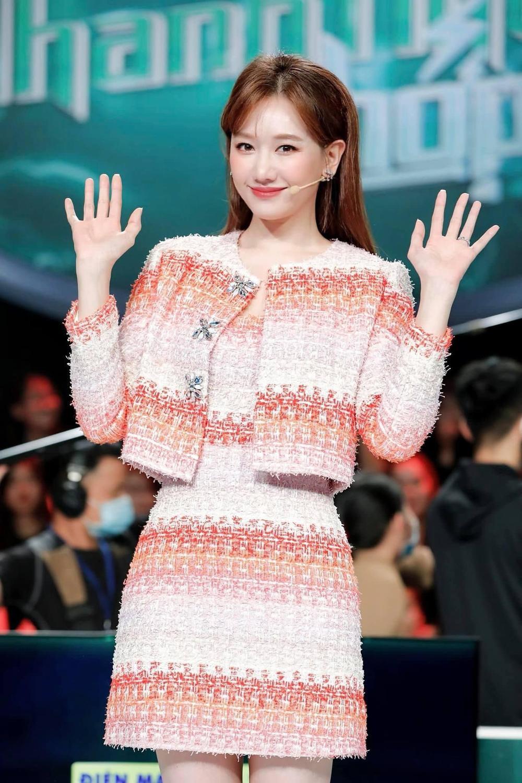Hari Won khiến dân tình thất vọng tràn trề về nhan sắc thật Ảnh 1