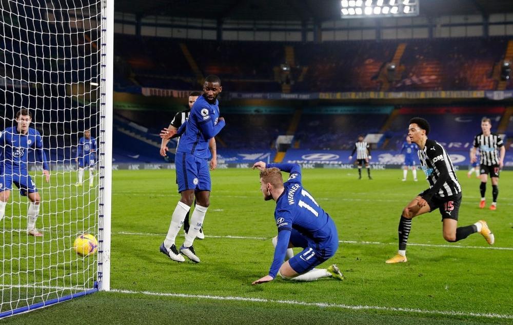 Chelsea vượt mặt Liverpool, trở lại Top 4 Ngoại hạng Anh 2020/21 Ảnh 2