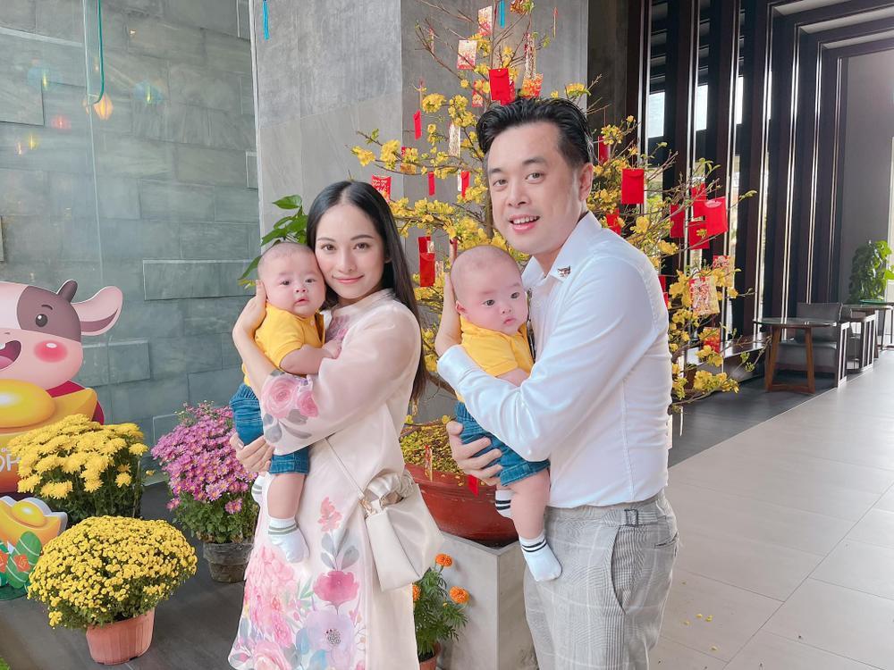 Cặp sinh đôi nhà Hà Hồ và Dương Khắc Linh hội ngộ đầu năm, 'nhà trẻ showbiz' khiến ai nhìn cũng yêu Ảnh 6