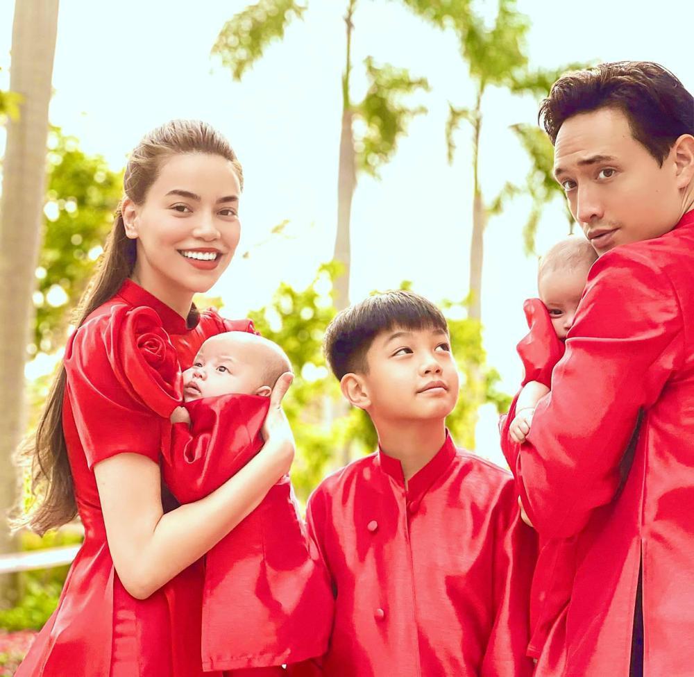 Cặp sinh đôi nhà Hà Hồ và Dương Khắc Linh hội ngộ đầu năm, 'nhà trẻ showbiz' khiến ai nhìn cũng yêu Ảnh 7