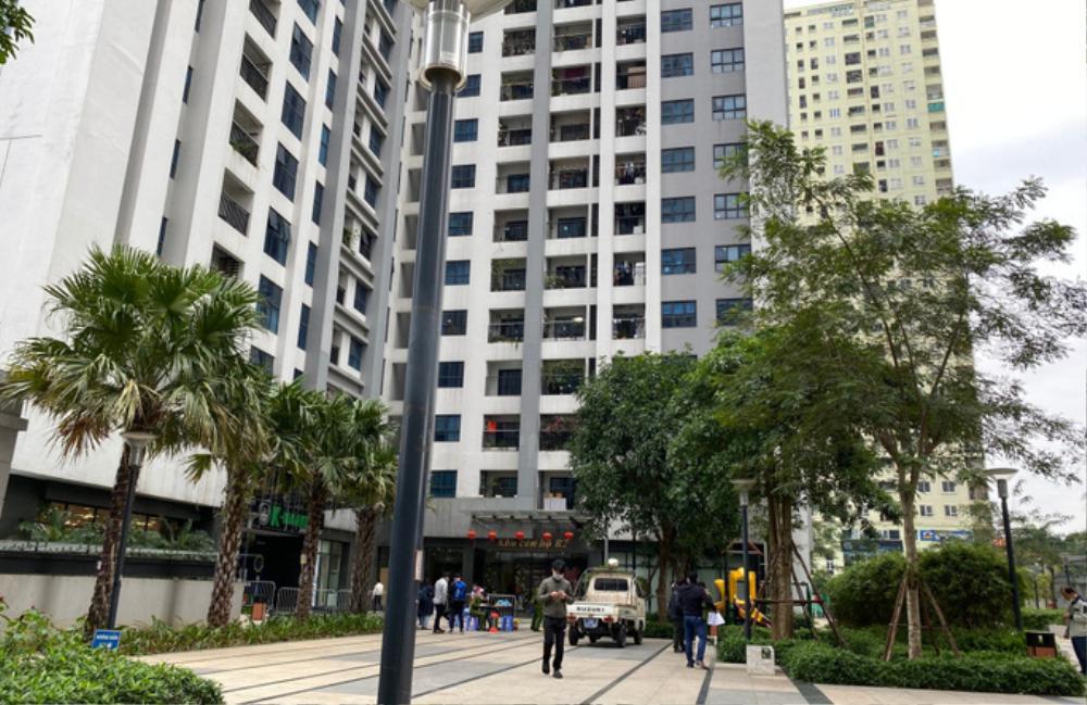 Phong tỏa căn hộ ở Hà Nội nơi phát hiện người đàn ông ngoại quốc tử vong Ảnh 1