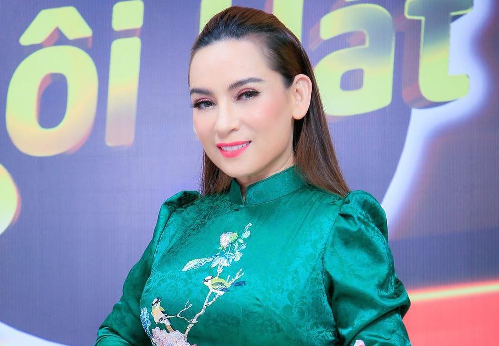 Hồ Văn Cường đã có thay đổi tích cực sau khi bị mẹ nuôi Phi Nhung đăng đàn tỏ thái độ không hài lòng Ảnh 4