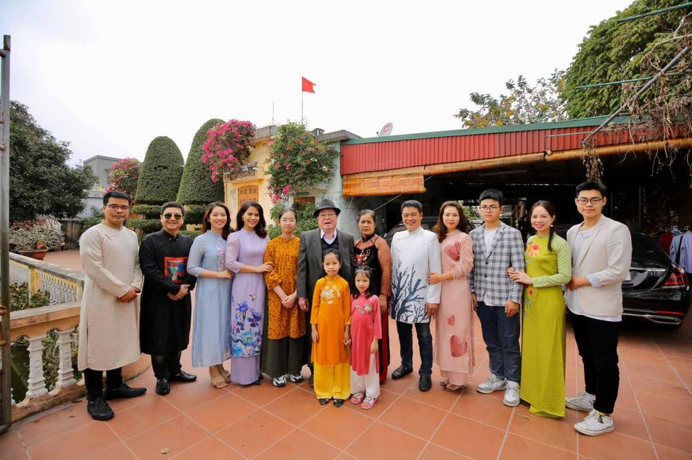 NSƯT Chí Trung được bạn gái đưa về quê ăn Tết, ra mắt gia đình Ảnh 2