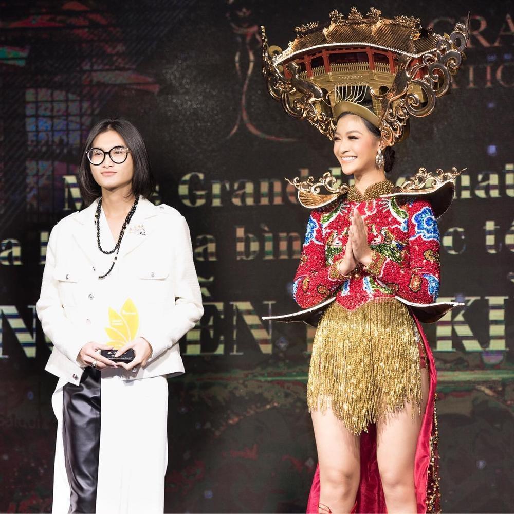 Á hậu Ngọc Thảo tung 2 mẫu National Costume hoành tráng nhờ fan vote dự thi Miss Grand Ảnh 8