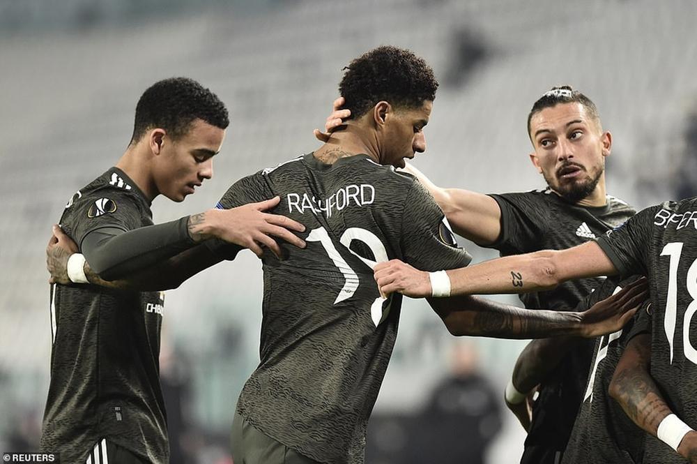 MU hủy diệt Sociedad, đặt một chân vào vòng 1/8 Europa League Ảnh 1