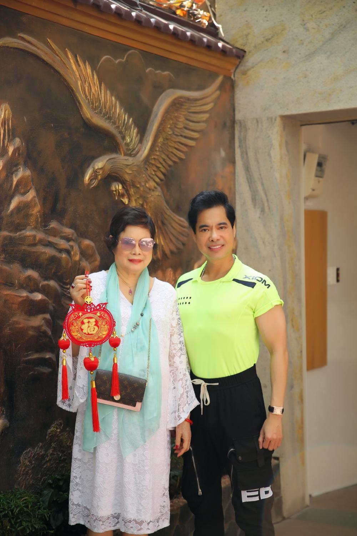 Ngọc Sơn tung ca khúc tự sáng tác, tiết lộ kỳ nghỉ Tết đặc biệt cùng mẹ Ảnh 2