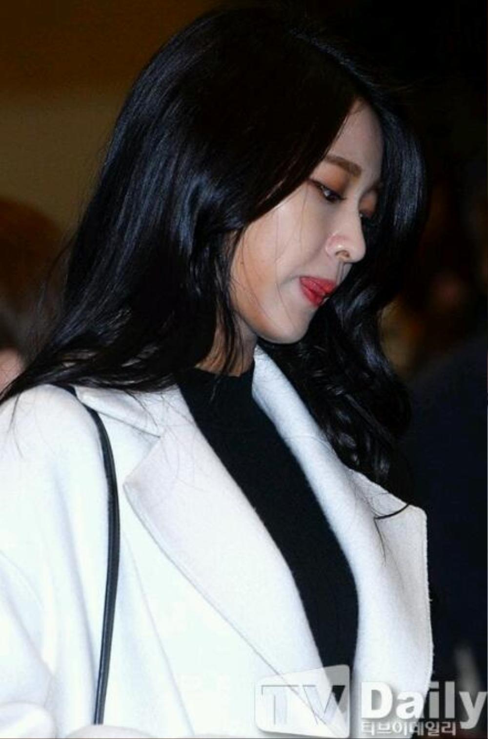 Những lần idol nữ Kpop 'muối mặt' vì lỗi make up! Ảnh 6