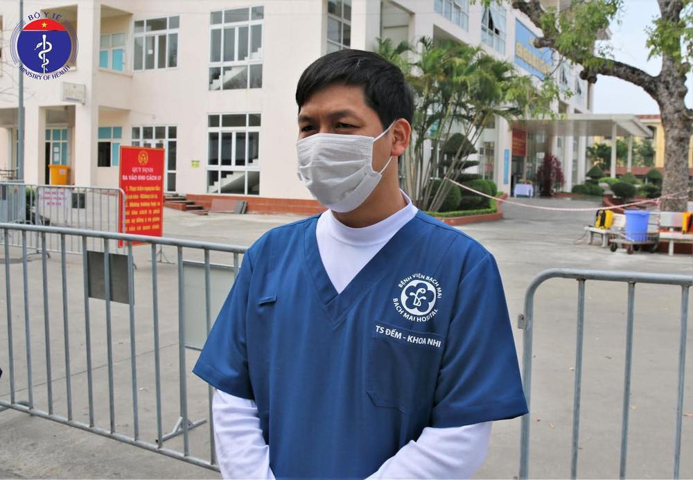 Bệnh nhi sơ sinh nhỏ tuổi nhất Việt Nam nhiễm Covid-19 khi hơn 20 ngày tuổi được công bố khỏi bệnh Ảnh 3