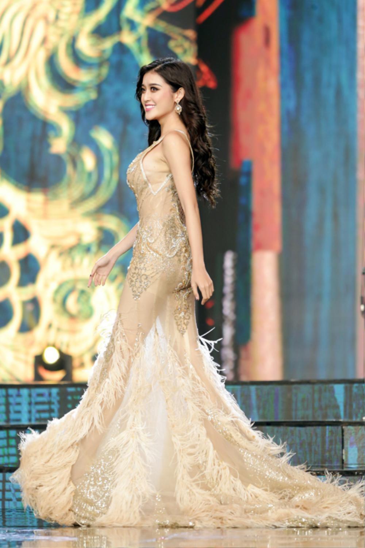 Bậc tiền nhân tiết lộ gam màu 'tạo hích' cho Ngọc Thảo ở Miss Grand International 2021 Ảnh 6