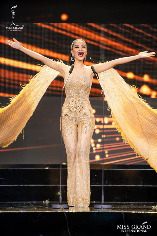 Bậc tiền nhân tiết lộ gam màu 'tạo hích' cho Ngọc Thảo ở Miss Grand International 2021 Ảnh 1
