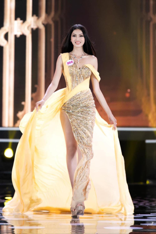 Bậc tiền nhân tiết lộ gam màu 'tạo hích' cho Ngọc Thảo ở Miss Grand International 2021 Ảnh 11
