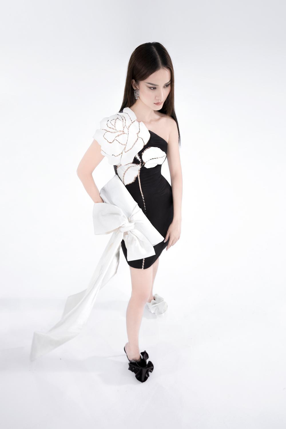 NTK Trần Hùng ra mắt BST tại London Fashion Week, chỉ dùng một người mẫu duy nhất Ảnh 15