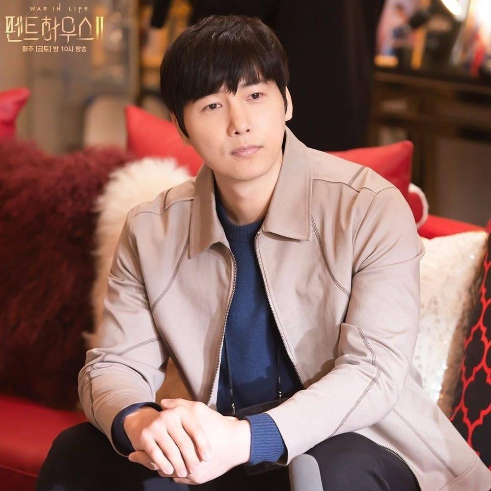 Biên kịch Penthouse 2 chuẩn bị 'bẻ lái': Chun Seo Jin mê chồng mới bỏ rơi Joo Dan Tae? Ảnh 2