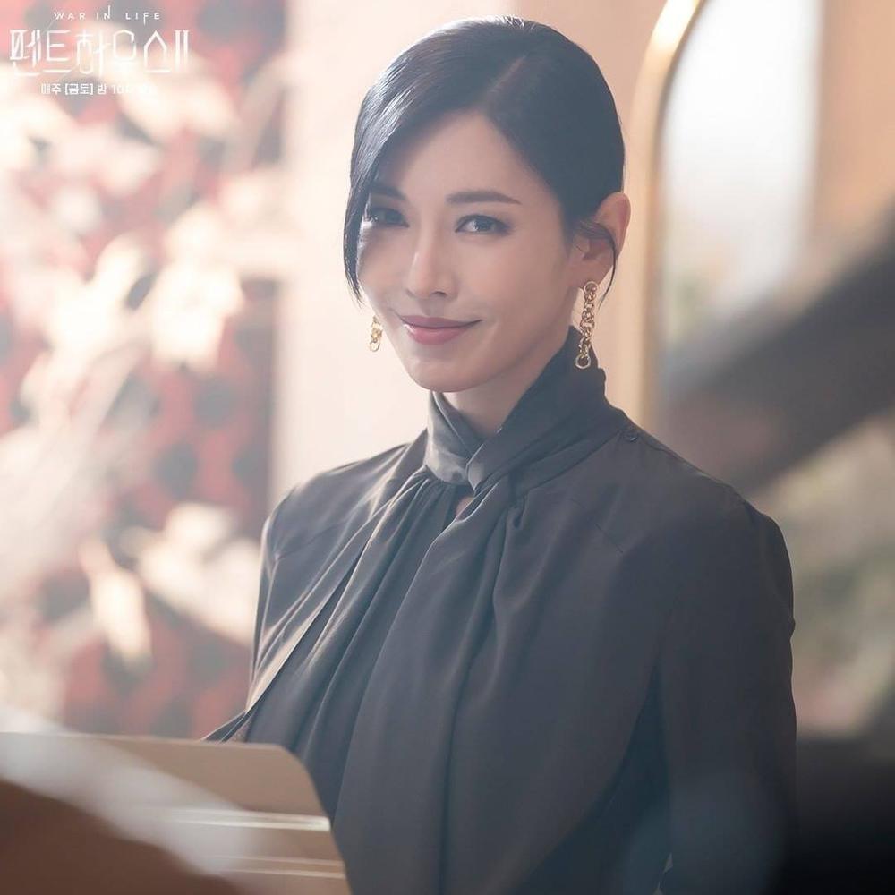 Biên kịch Penthouse 2 chuẩn bị 'bẻ lái': Chun Seo Jin mê chồng mới bỏ rơi Joo Dan Tae? Ảnh 5