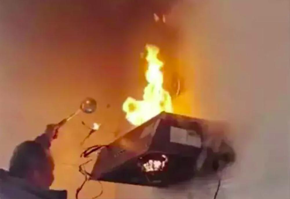Về nhà vợ trổ tài nấu nướng, con rể quý làm cháy luôn nhà bếp khiến bố mẹ sợ khiếp vía Ảnh 3