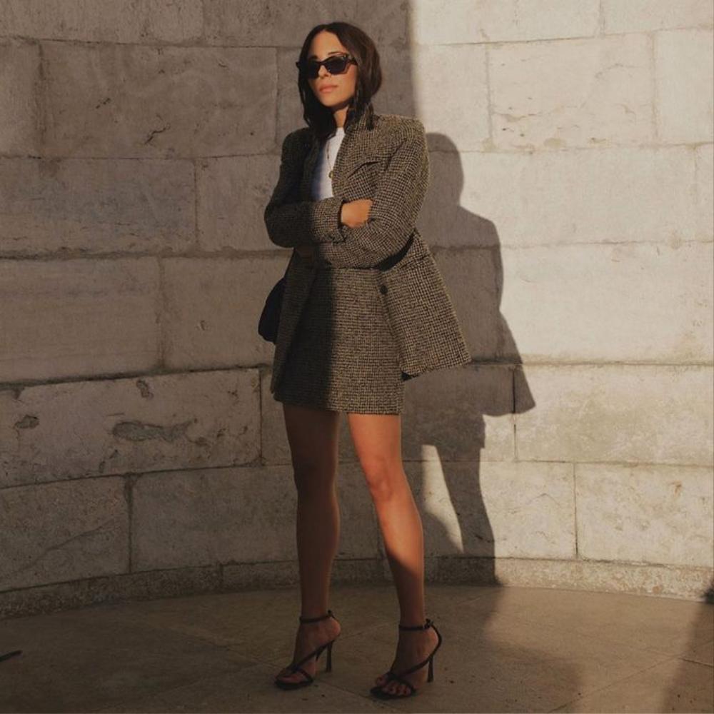 Tóc Tiên 'du hí' trên Đà Lạt lên đồ đậm phong cách thời trang Dark Academia Ảnh 5