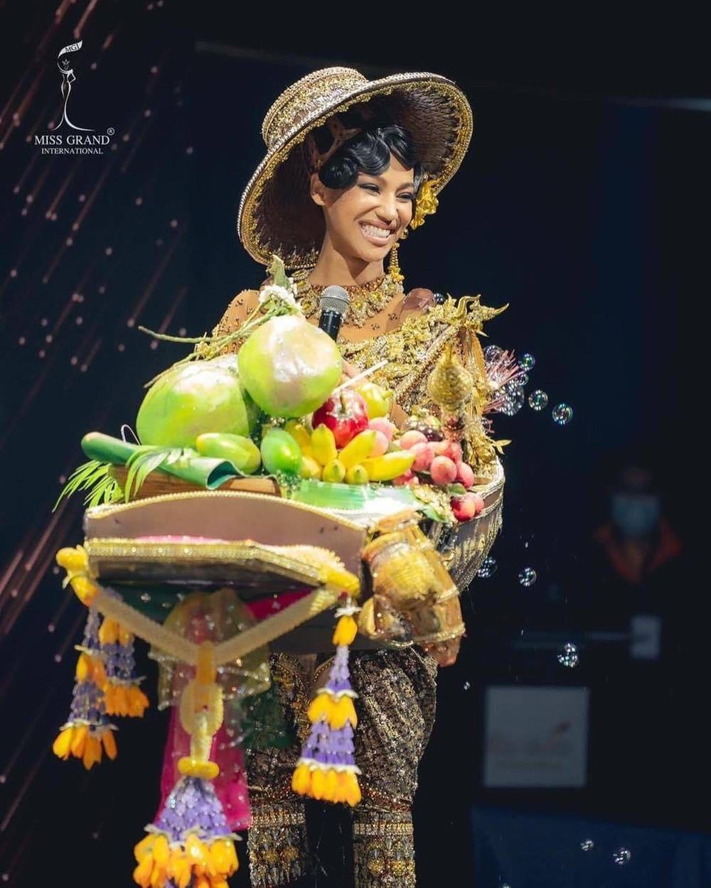 National Costume Hoa hậu Hòa bình: Indonesia - Thái Lan quá độc đáo, Guatamala hoành tráng Ảnh 2