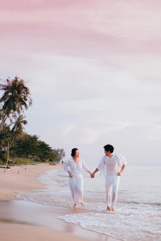 Vợ đại gia của Quý Bình khiến dân tình gật gù khi chia sẻ quan điểm về hạnh phúc Ảnh 7
