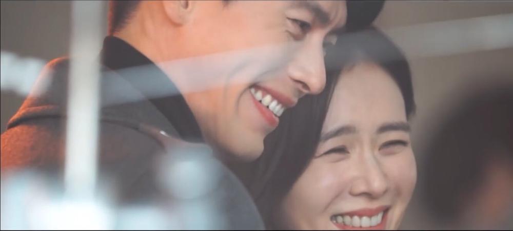 Hyun Bin và Son Ye Jin tuyệt đẹp trong loạt hình ảnh mới, chụp 'sương sương' mà lung linh như ảnh cưới Ảnh 4