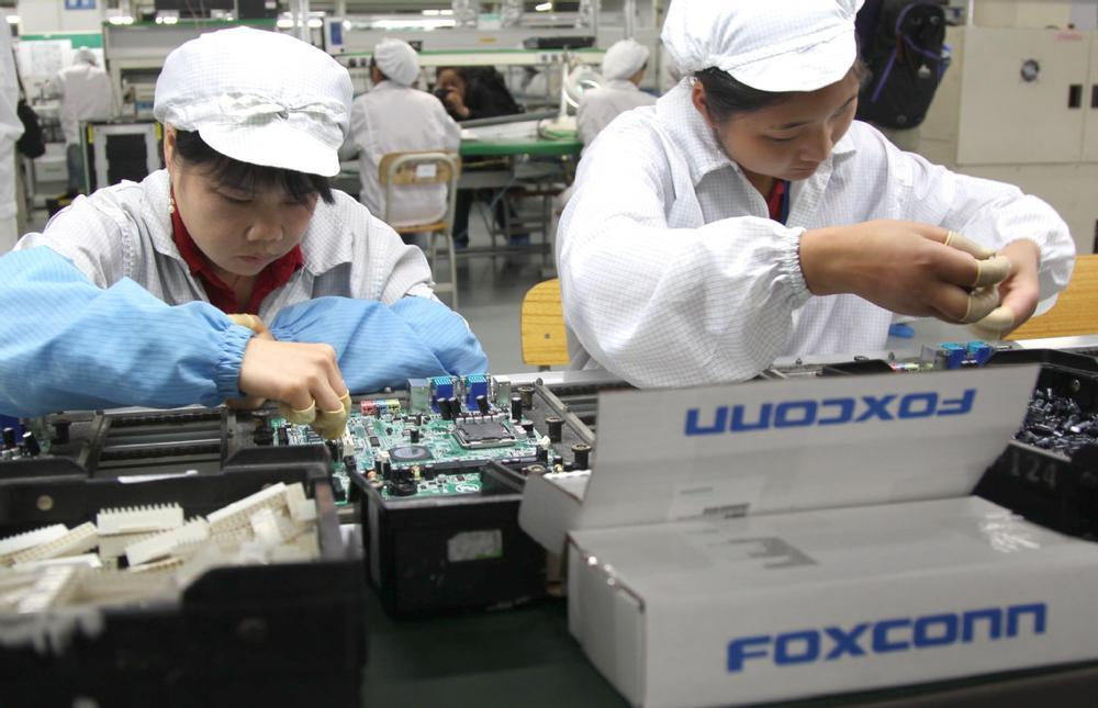 Foxconn tuyển dụng hơn 1.000 công nhân lắp ráp, kỹ sư tại Việt Nam Ảnh 1