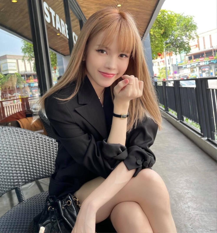 Hậu drama 'trà xanh', Thiều Bảo Trâm bị 'soi' dùng đồ đôi với Sơn Tùng? Ảnh 2