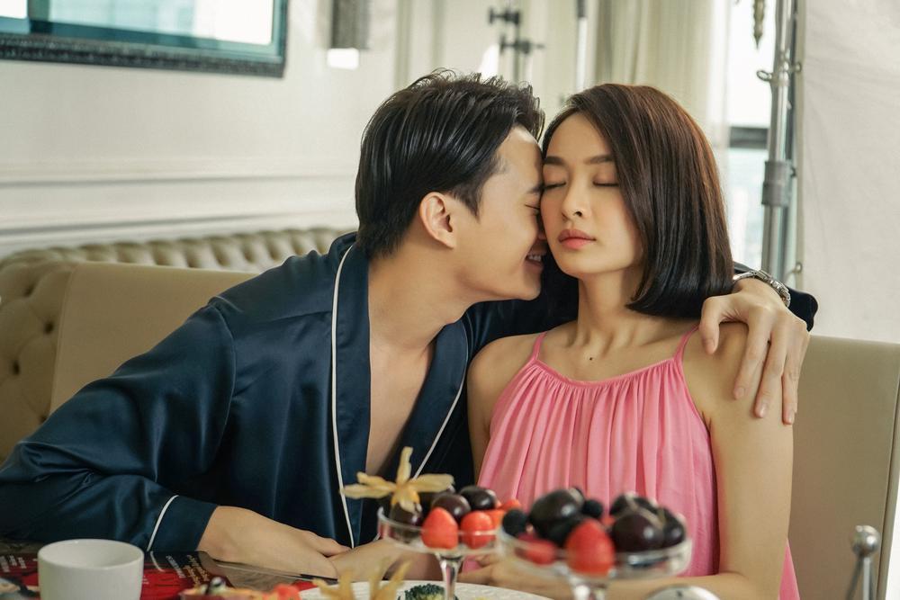 Những cảnh nóng đỏ mặt của Kaity Nguyễn trong 'Gái già lắm chiêu V' Ảnh 10