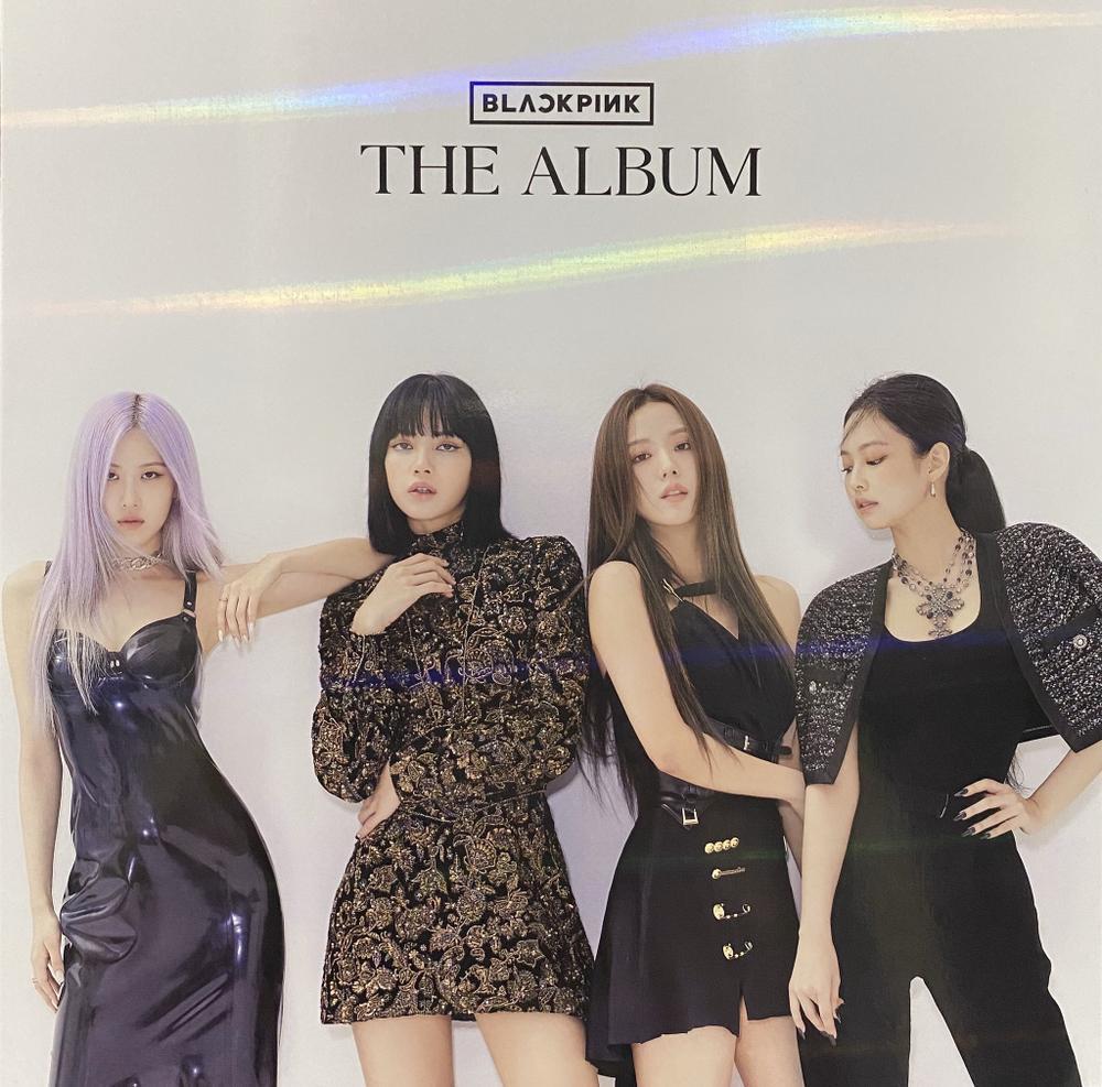 'Chảo lửa' Kpop trên BXH World Album: BTS dàn trận dày đặc, BlackPink chiếm spotlight, Chungha tham chiến Ảnh 3