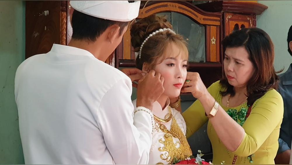 Sang Vlog bất ngờ lấy vợ, nhan sắc cô dâu khiến nhiều người bất ngờ Ảnh 9