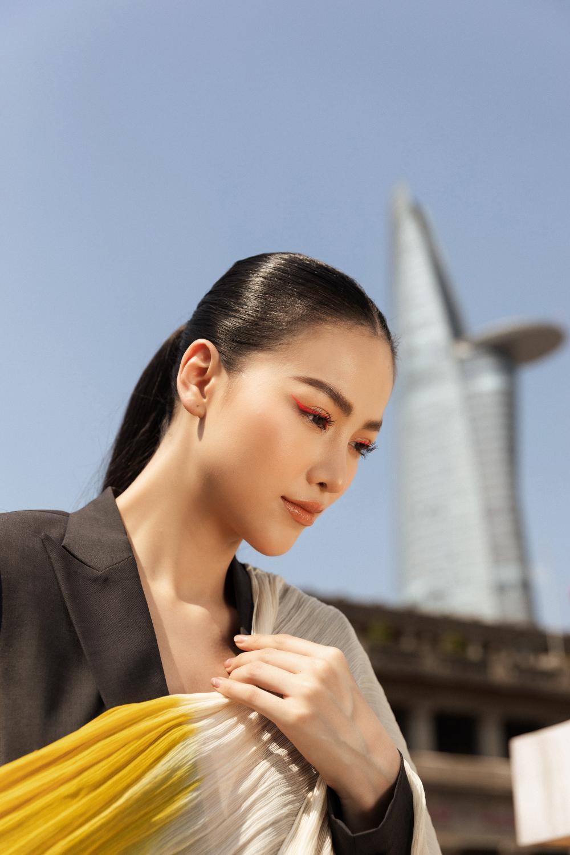 Hoa hậu Phương Khánh tái xuất đẹp mê hồn sau thời gian 'bốc hơi' Vbiz, dính tin đồn có bầu Ảnh 21
