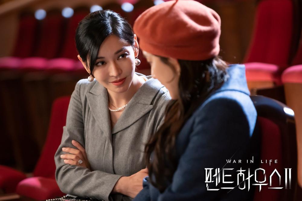 Nữ chính 'lố lăng' khiến phim của Song Joong Ki bị chê tơi tả, phim của Park Shin Hye cũng tệ không kém! Ảnh 2