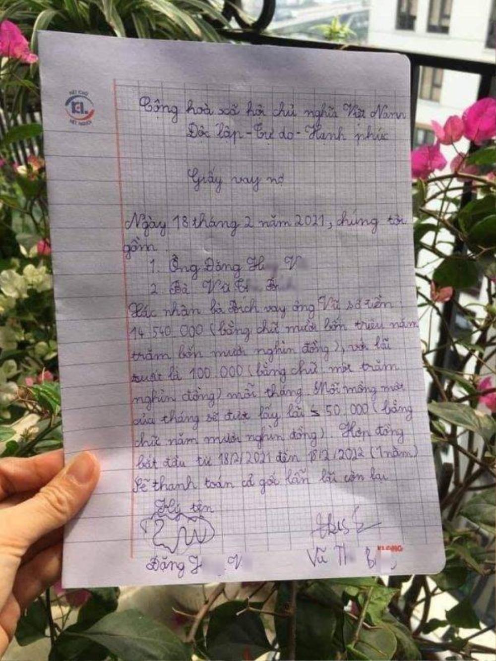 Được yêu cầu 'đưa tiền lì xì mẹ giữ cho', cậu bé 'linh cảm điều chẳng lành' liền viết cả giấy vay nợ Ảnh 1