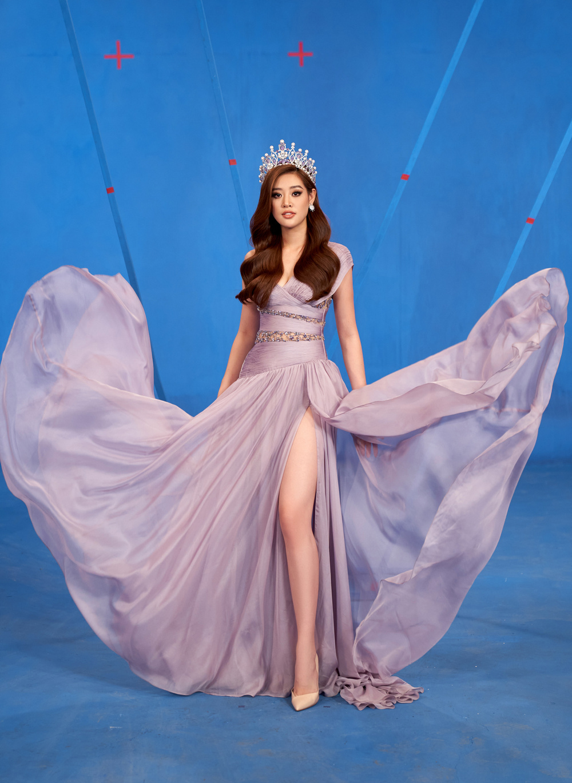 Khánh Vân trùm kín với ý tưởng Anti-Covid trong video Road To Miss Universe gây ý kiến trái chiều Ảnh 3