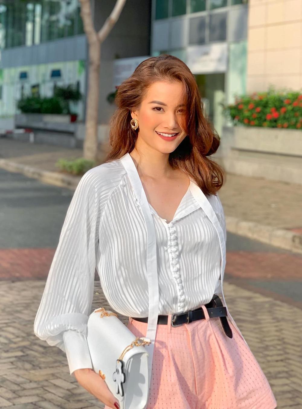 Fan kỳ vọng Nam Em - Hoàng Phương - Hương Ly tham gia Hoa hậu Hoàn vũ Việt Nam 2021 Ảnh 32