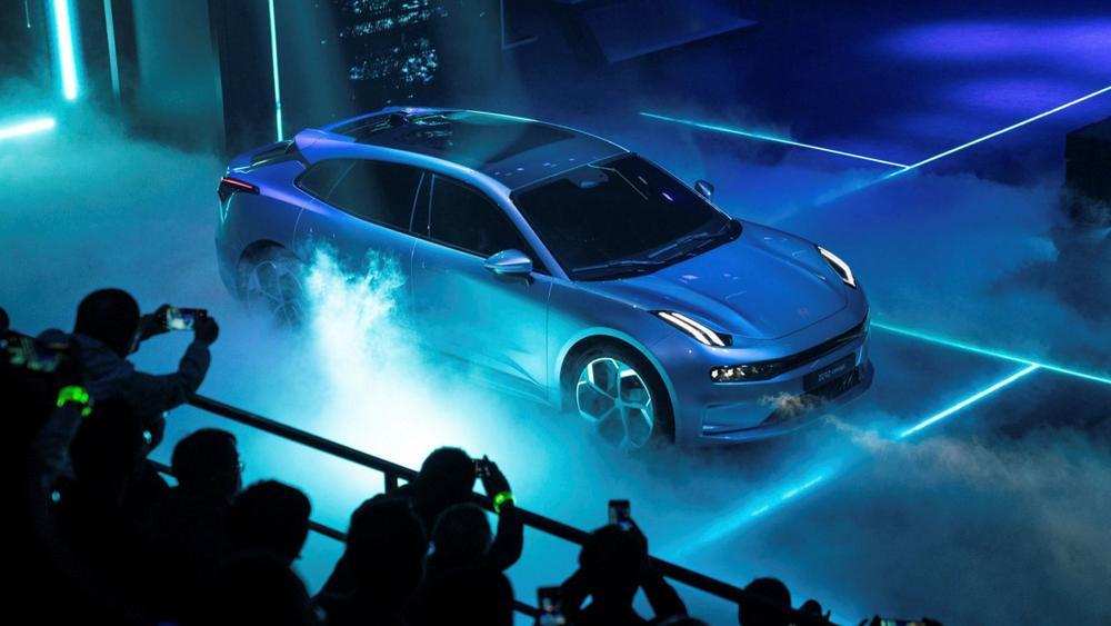 Volvo sẽ chỉ bán xe điện vào năm 2030, chuyển đổi hoàn toàn sang TMĐT Ảnh 2