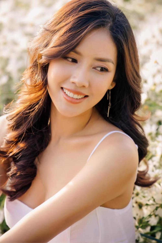 Sức hút mạnh mẽ của 7 hoa hậu 9X độc thân: Minh Tú - Hoàng Thùy - H'Hen Niê xứng danh chiến binh sắc đẹp Ảnh 15