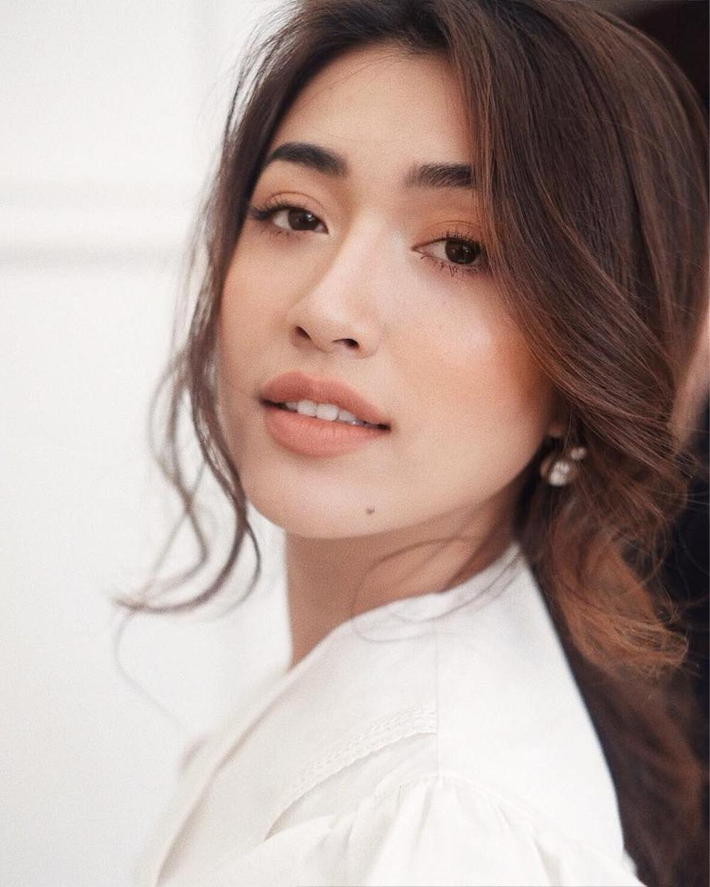 Sức hút mạnh mẽ của 7 hoa hậu 9X độc thân: Minh Tú - Hoàng Thùy - H'Hen Niê xứng danh chiến binh sắc đẹp Ảnh 10